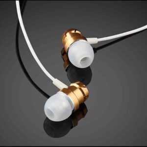 3.5mm Wired in-Ear Earphone Noise Cancel Technology,Waterproof Metal with Mic Volume Control